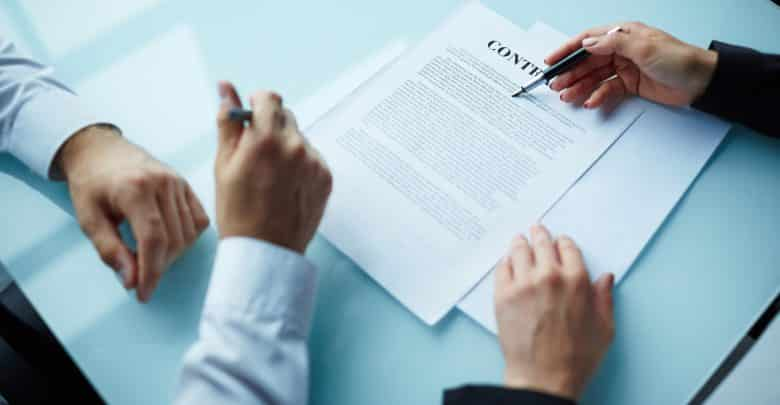outsourcing contractual structure